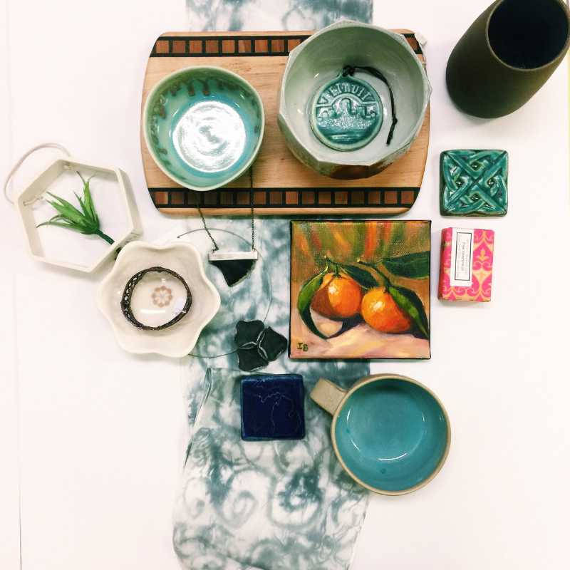 Blue-Holiday-flat-lay