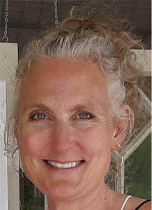 Artist Tara Thelen